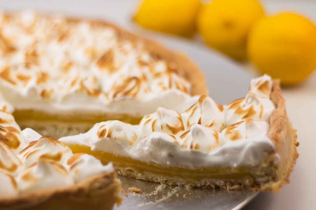 Tarte citron meringuee pate feuilletee 28 images tarte au citron meringu 201 e nakedfood fr - Tarte au citron meringuee facile ...