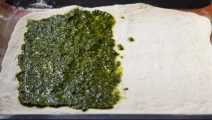 Breadsticks pesto 1
