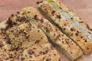 Breadsticks pesto 7