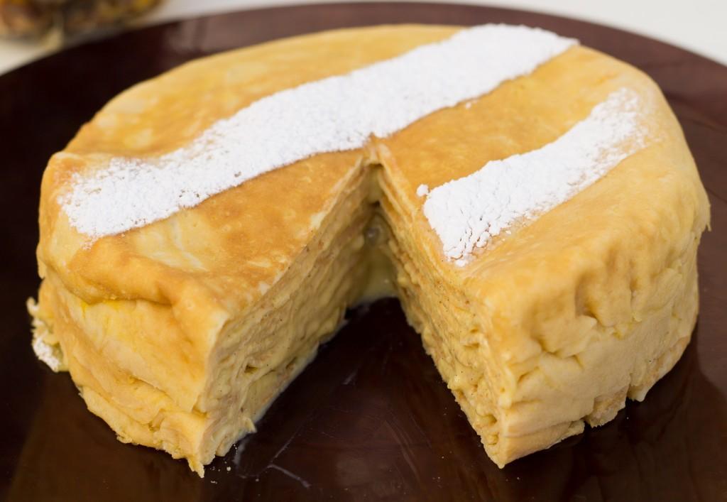gâteau de crêpes à l'ananas