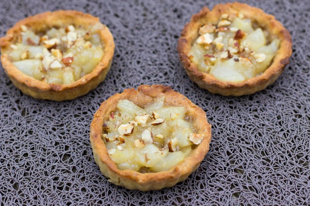 Tartelettes poires caramélisées noisettes