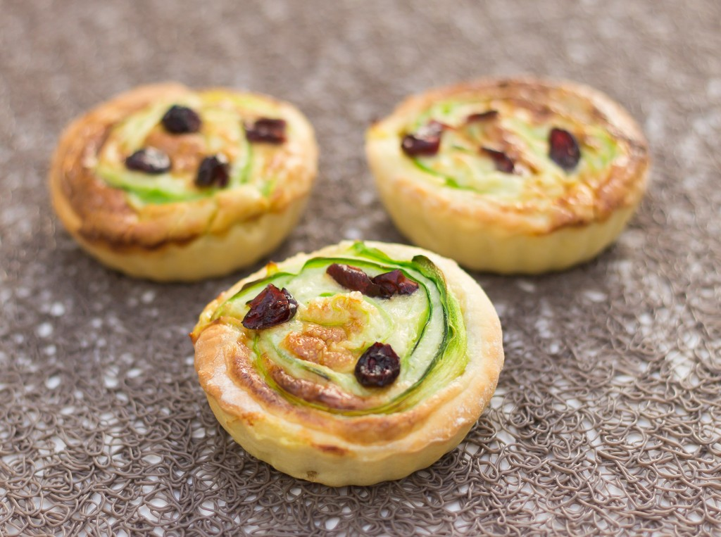 Tartelettes courgettes roquefort et cranberries